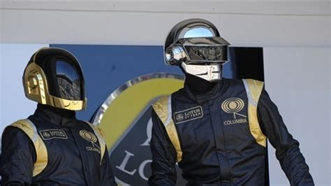 I Daft Punk in vetta | Vogue Italia