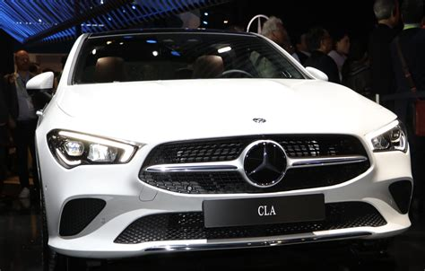 To do so, simply install the new mercedes me apps: CES 2019: Mercedes Unveils 2020 CLA Coupe in World Premiere - WHEELS.ca
