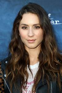 Troian Bellisario – 'Dead of Summer & Pretty Little Liars ...