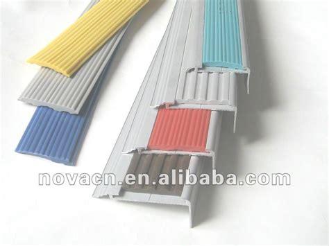 nez de marche en aluminium nez d escalier d 233 coratif nez d escalier en stratifi 233 accessoirse de