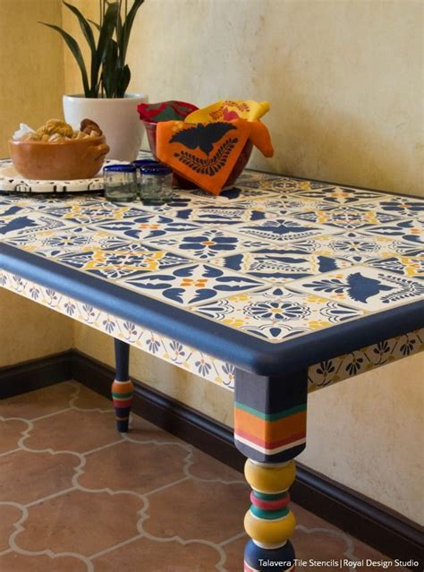 Best 25  Mexican dining room ideas on Pinterest   Mexican