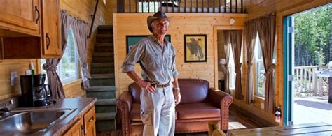 Jack Hanna, a firm believer in Cavco product | Cavco Park ...