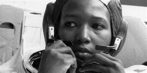 meet dr mae jemison  black woman     space