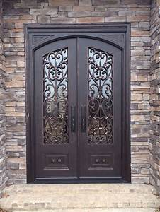 Arched Top Door In Square Frame