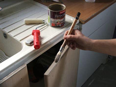repeindre evier cuisine repeindre ses meubles de cuisine galerie photos d