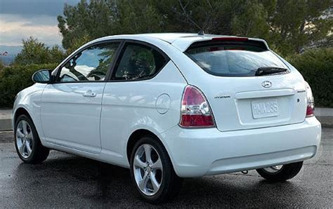2007 Hyundai Accent by 2007 Hyundai Accent Information And Photos Zombiedrive