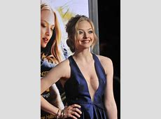 Crush Of The Day! Amanda Seyfried cleavage stills contd