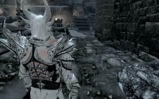 Skyrim White Daedric Armor Mod