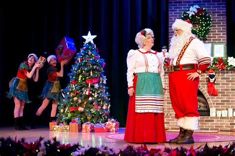 seaworld s christmas celebration 2014 free kids ticket offer