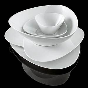Assiette Creuse Blanche : colombina assiette creuse alessi porcelaine blanche ~ Teatrodelosmanantiales.com Idées de Décoration