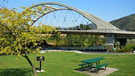 city rogue river home