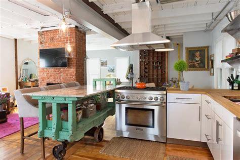 renovation cuisine bois avant apres rénovation d une cuisine photos avant après à l appui