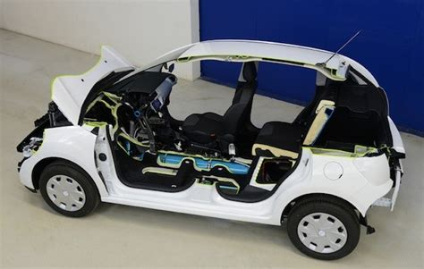 Peugeot Air Hybrid by Peugeot Promises Fuel Saving Hybrid Air System In Cars By 2016