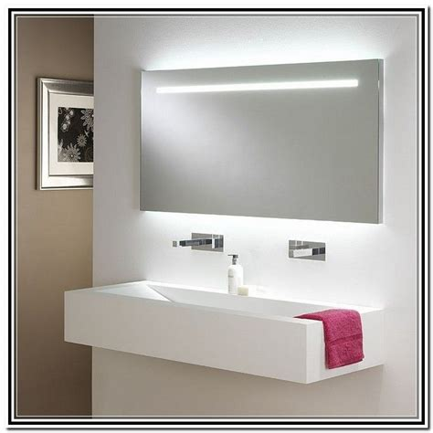 Modern Bathroom Mirrors With Lights by Best 20 Bathroom Mirrors With Lights Ideas On