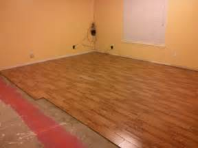 ceramic floor tiles wood looking tiles amazing tile