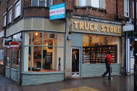 road shop oxford record shop truck store on cowley road this is pop