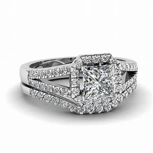flower halo round cut diamond wedding ring set in white gold With bridal sets wedding rings