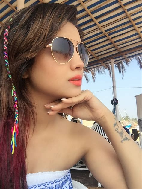 adaa khan images hot photos instagram pics collections