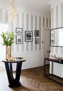 Tapete Flur Modern : pasillos ideas para decorar un pasillo largo y estrecho ~ Frokenaadalensverden.com Haus und Dekorationen
