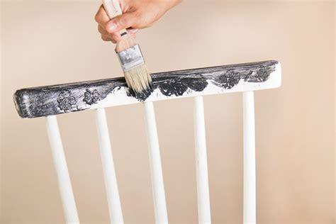 Welche Farbe Für Shabby Chic Möbel by Shabby Chic M 246 Bel Selber Machen Kreidefarbe Anwenden Und