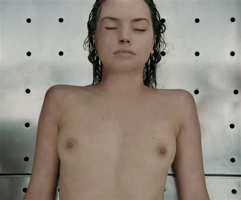 Daisy Ridley Nude And Sexy Photos The Fappening