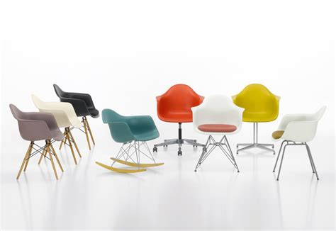 chaise design eames eames plastic armchair dar by vitra stylepark