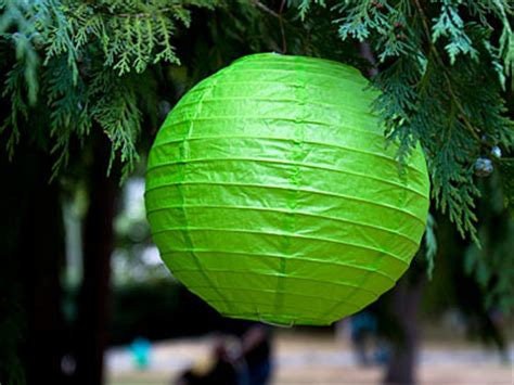 christmas decorations    world howstuffworks