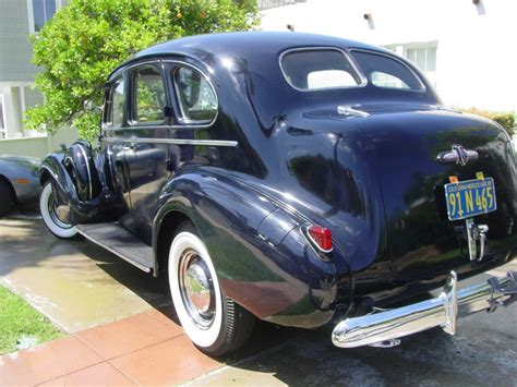 1939 Buick Roadmaster Model 81 4 Door Sedan Trunkback