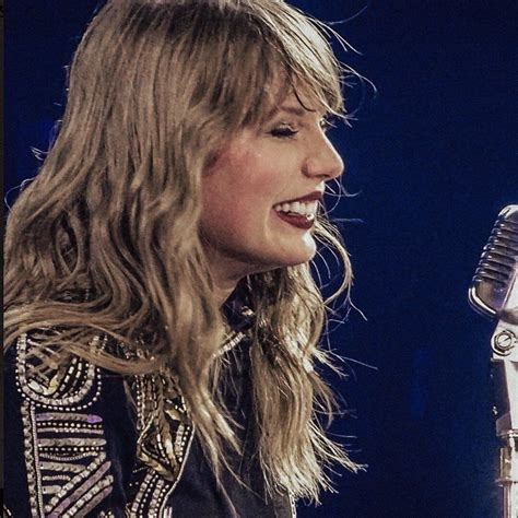 pin  luvhorsesbeauty  ts taylor swift pictures