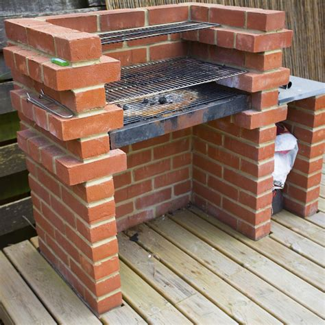 cuisine brique comment construire un barbecue en brique barbecue en