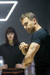Divergent Interview: Shailene Woodley and Theo James Talk ...
