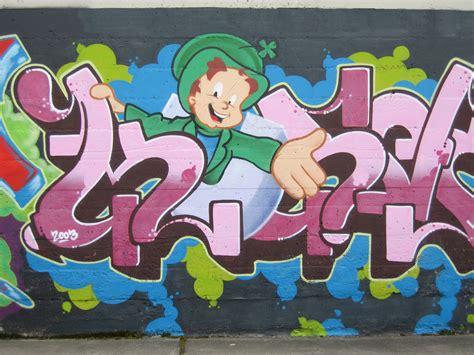 graffiti mural artists file graffiti mural jpg