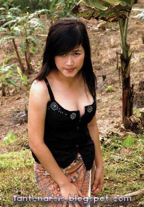 Foto Bokong Semok Cewek Dan Tante Bahenol Foto Telanjang
