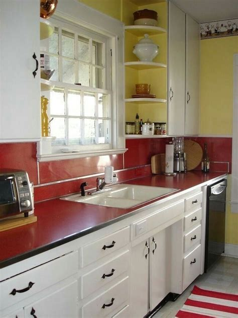 Love The Red Counter!  Kitchens  Retro  Red Kitchen