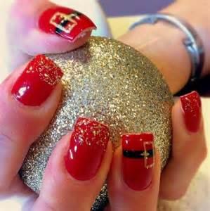 Black xmas nail art : Nail art white is the key polish in this design along with black