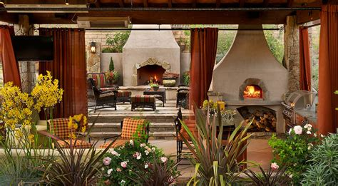 outdoor living rooms brick paver showroom  tampa bay