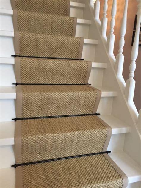 traplopers in sisal sisal traploper met zwarte roedes het sisal tapijt is