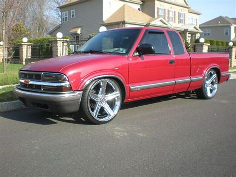 Sell Used 1999 Chevy S10 Pick Up Truck! Custom Rims