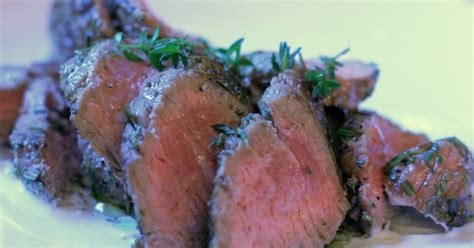 whole beef tenderloin cooking time qlinart fast beef tenderloin roast from one of my favorite chefs jamie oliver