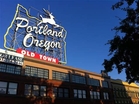 PDX- Portland-Sign - the food poet