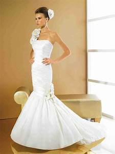 one shoulder mermaid wedding dress wedding and bridal With one shoulder mermaid wedding dress