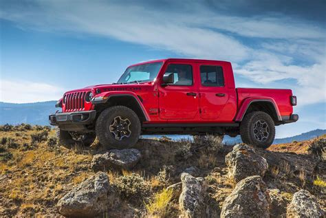 Jeep Truck by This Is The All New Jeep Gladiator Truck Gear Patrol
