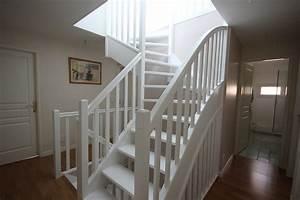 escalier blanc peindre escalier bois en blanc peinture With nice peindre un escalier en gris 3 escalier bois et blanc mzaol
