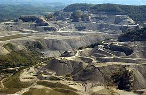 A few high resolution pictures of mountaintop removal coal ...