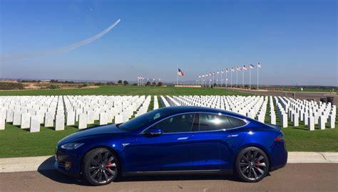 Stock 2016 Tesla Model S P90dl 1/4 Mile Trap Speeds 0-60
