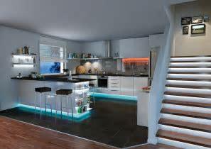 LED Beleuchtung in der Küche: LED Stripes von Paulmann für