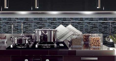 Revetement Carrelage Adhesif by Carrelage Adh 233 Sif Les Nouveaut 233 S Smart Tiles Deco Cool