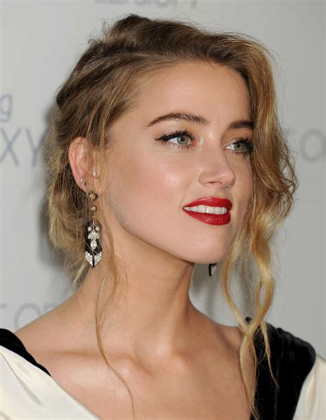 Amber Heard'a 'çıplak sahne' davası Foto Galeri