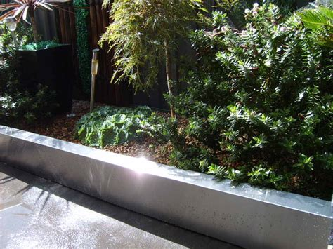 Metal Garden Edging Ideas choose the steel landscape edging garden edging ideas