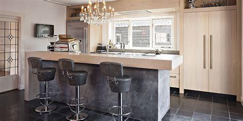keukens met bar fauteuil 2017